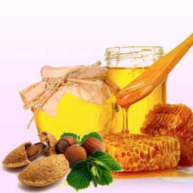 Olejek zapachowy - Miód i migdały - do produkcji świec, mydła, kremów, balsamów, toników i innych kosmetyków