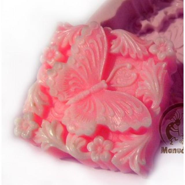 Forma silikonowa - Idealny motyl - do wyrobu mydła, świec i odlewów