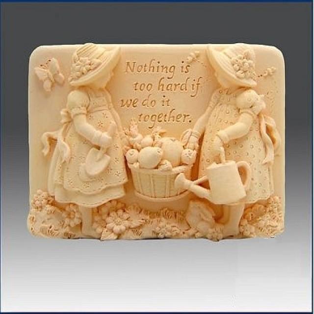 Forma silikonowa - Siostry - do wyrobu mydła, świec i odlewów