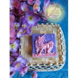 Forma silikonowa - Jednorożec - do wyrobu mydła, świec i odlewów