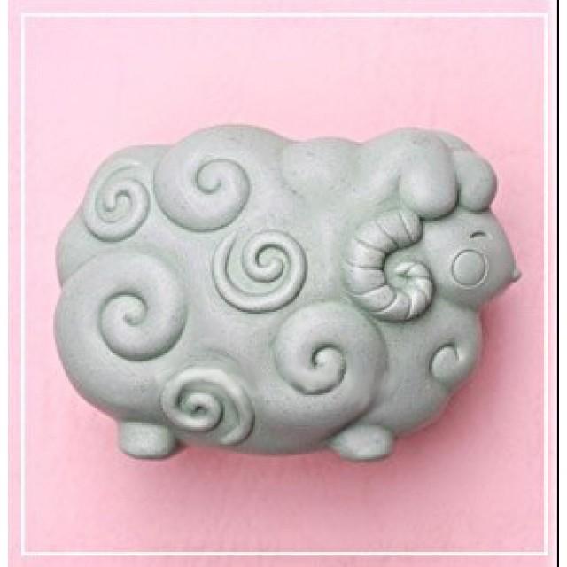 Forma silikonowa - Baranek - chmurka - do wyrobu mydła, świec i odlewów