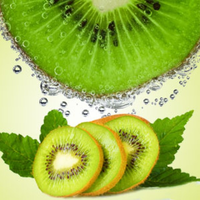 Olejek zapachowy - Kiwi - do produkcji świec, mydła, kremów, balsamów, toników i innych kosmetyków