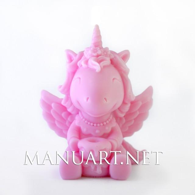 Forma silikonowa - Jednorożec dziewczynka 3D  - do wyrobu mydła, świec i odlewów