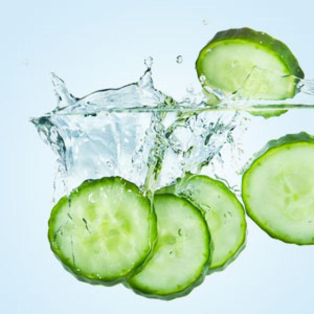 Olejek zapachowy - Cucumber Splash 30 ml - do produkcji świec, mydła, kremów, balsamów, toników i innych kosmetyków