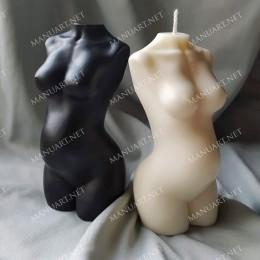 Tułów kobiety w ciąży