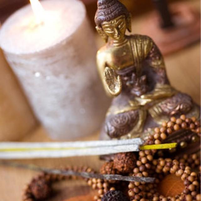 Olejek zapachowy - Indyjskie drzewo sandałowe - do produkcji świec, mydła, kremów, balsamów, toników i innych kosmetyków