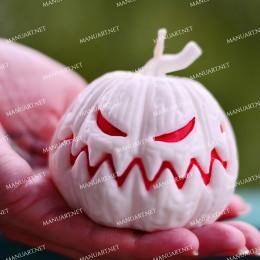 Wielka, zła dynia na Halloween