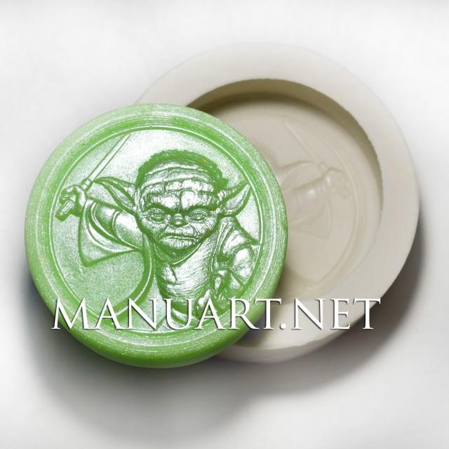 Forma silikonowa - Yoda - do wyrobu mydła, świec i odlewów